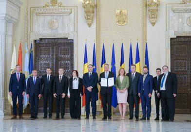 Minoritățile naționale au semnat Acordul Politic Național propus de Președintele României
