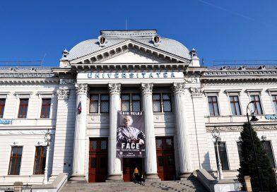 """Publicul craiovean, încântat de expoziția de fotografie """"Face beyond the identity"""""""